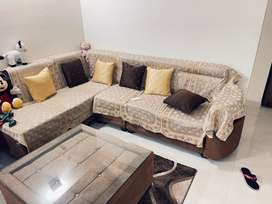 8 seater New Sofa only 6 month old top condtion