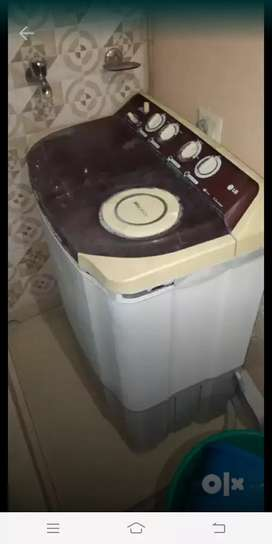 LG washing Machine in good condition.