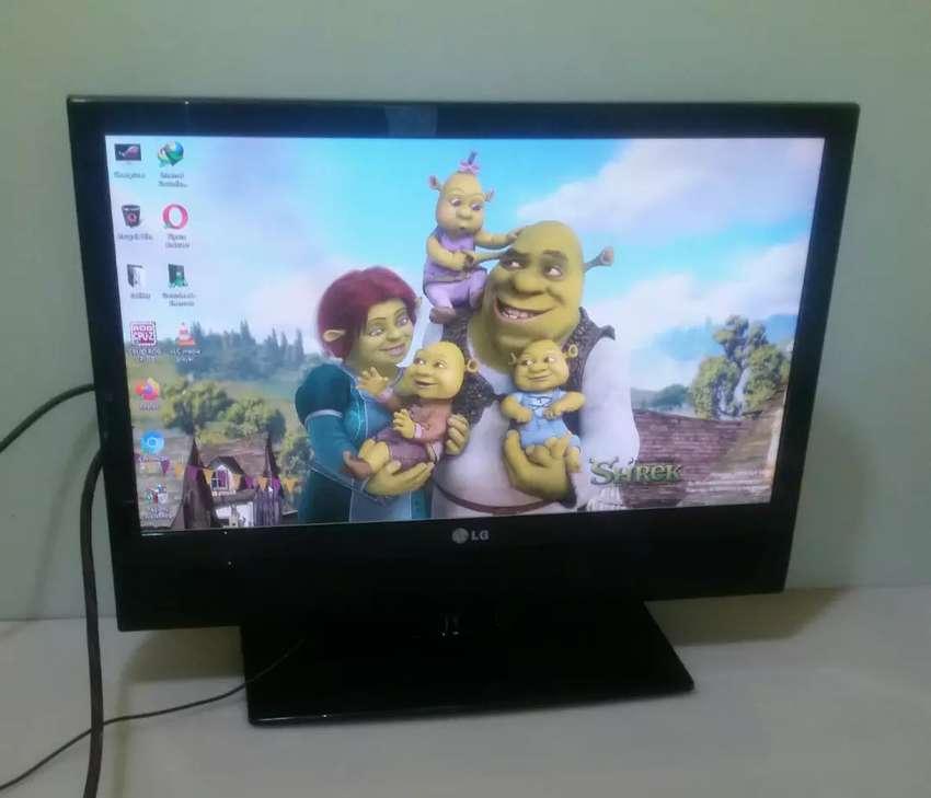 TV LED LG 22 inchi FHD usb movie 0