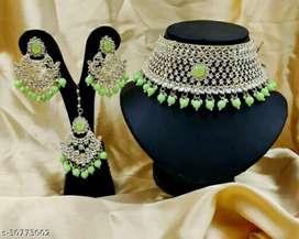 New fashionable jewellery