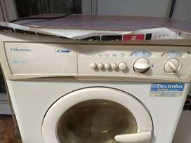 mesin cuci electrolux 850 type ew879F