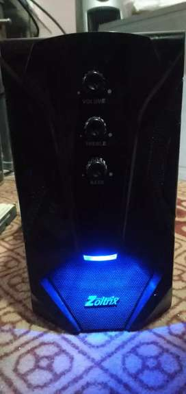 Zoltrix woofer and 2 speaker