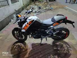 Mint condition ktm duke 200 Non A.B.S version.