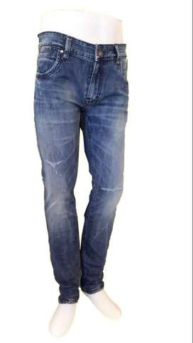 Celana Jeans Manzone