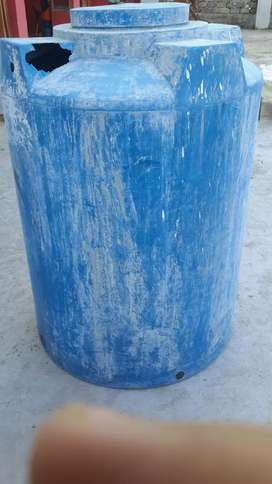 500 GLN WATER TANK CONDITION 10/8