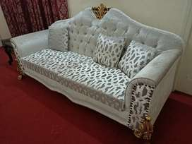 7 Seater Grand Sofa Set with 3 piece Table set