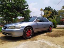 Honda accord 2002 istimewa