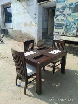 Sag dining table