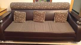 7 Seater Sofa set, 3 set of tables free