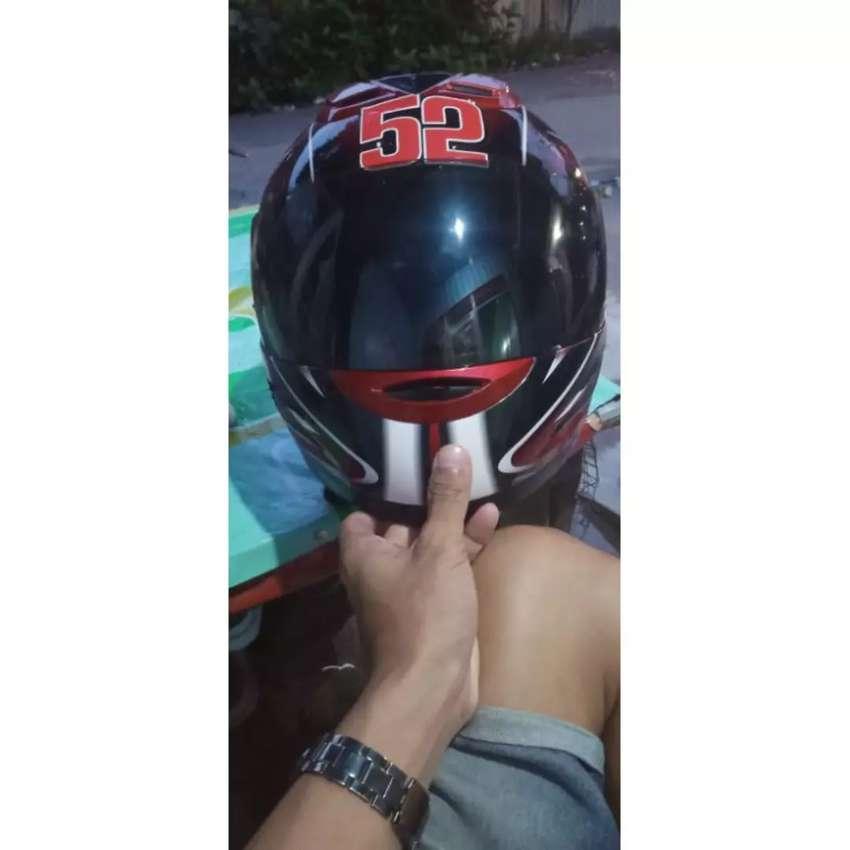 Helm fulface yamaha 0