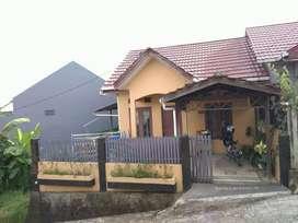 Rumah + sebidang tanah