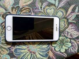 Iphone 7 32 gb good condition international piece