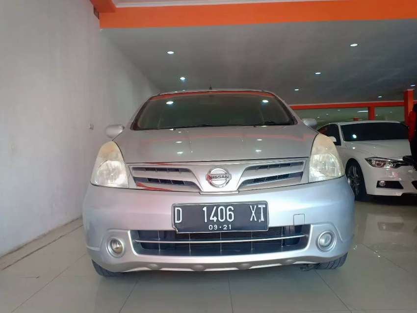 Promo TDP 9 jt Grand Livina XV at matic 2011, silver, mulus, nego 0