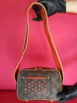 Tas import eks LOUIS VUITTON Trocadero mini ad no seri shoulder bag