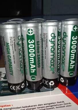 Baterai cas Dynamax tipe 18650