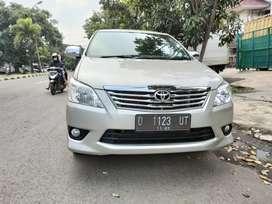 Toyota  kijang innova g at bensin 2013 antik km low