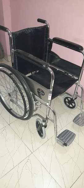 ₹ 4,400 , Affordable , new and Proper wheelchair