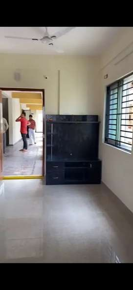 New semi furnished 1 bhk available for rent