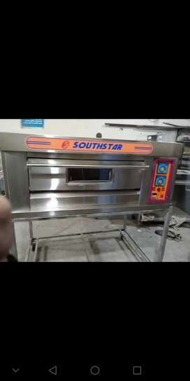 Pizza  Oven With Stand and 1 Year Warranty