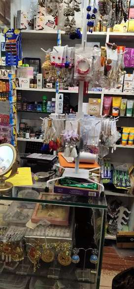 Branded cosmetics and jwellery accessories