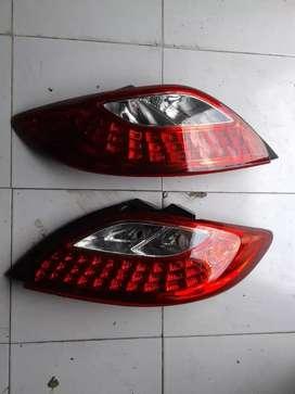 Stoplamp Lampu Belakang Mazda 2 satu pasang