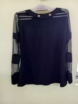 Women navy blue top