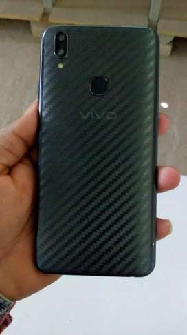 Vivo v9  4/64 with excellent condition