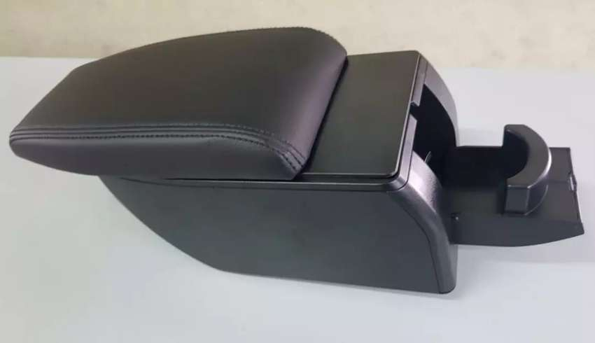 New Model - Arm Rest Console Box USB + Cup Holder Mobilio 0