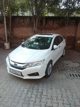 Honda City 2016 Diesel Well Maintained Top Model Push start  sunroof