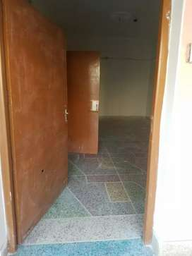 10 marla upper portion available for rent at muhammad pura