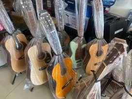 Wadahya gitar Akustik Ori