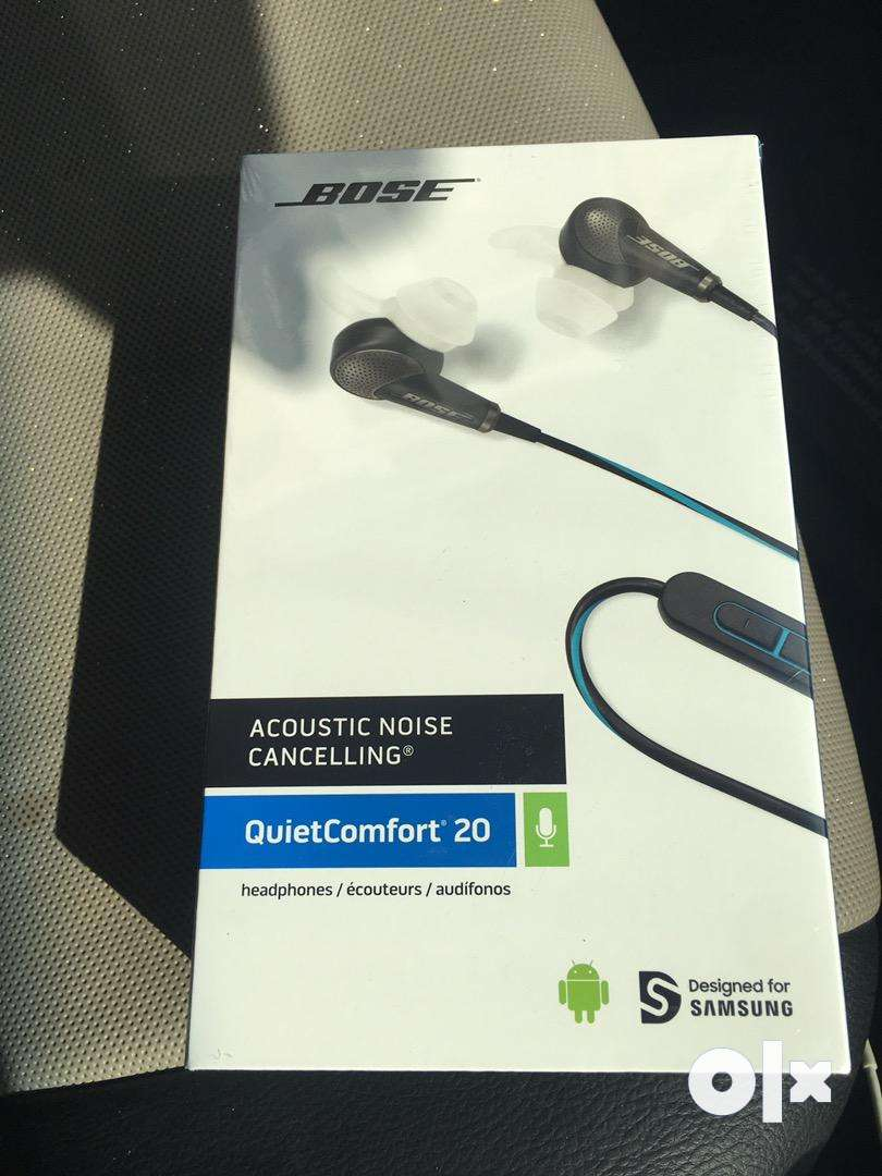 Bose QC20 Noise Cancelling Head phones 0