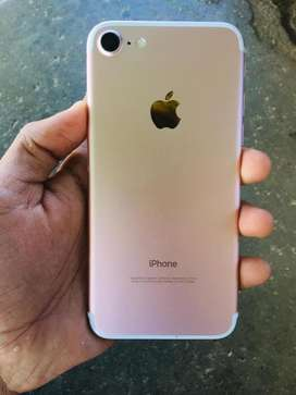Tip Top Condition iphone 7 32GB Rose gold color