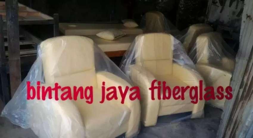 Sofa refleksi warna bisa request 0