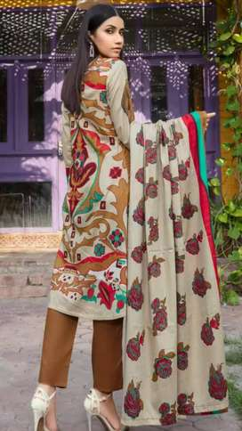 Embroidered Printed Lawn with chicken Kari Lawn Dupatta