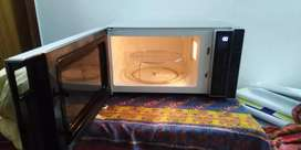 Whirlpool Microwave Grill Oven Model: MWP 303 SB