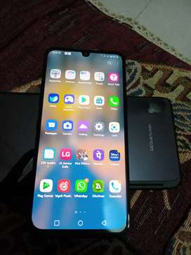 Lg G8X thinq New, only 5-6 months. With all accessories and bill box