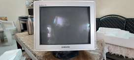 Samsung 17 inch CRT monitor
