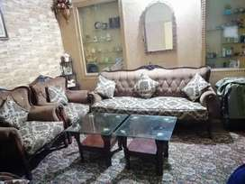 Sofa set good condition with 6 pillows and 2 tables