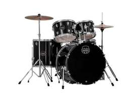 Mapex drum kit with Pdp double pedal