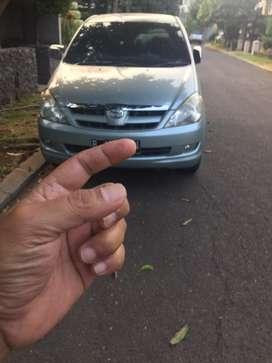 Toyota Innova Type V