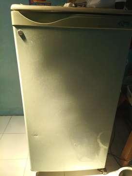 Kulkas 1 pintu freezer normal murah bekas seken second