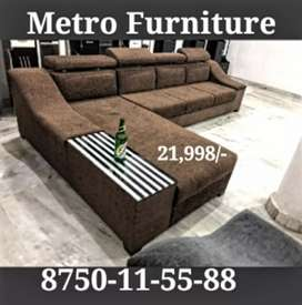 Sofa with adjustable headrest