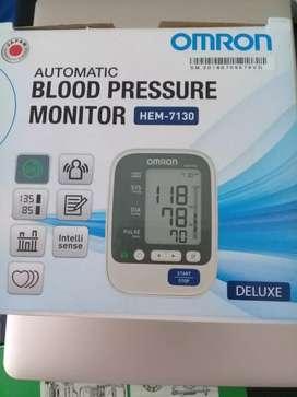 Bs nego Blood Pressure Monitor Omron Cek Tekanan Darah. Detak Jantung