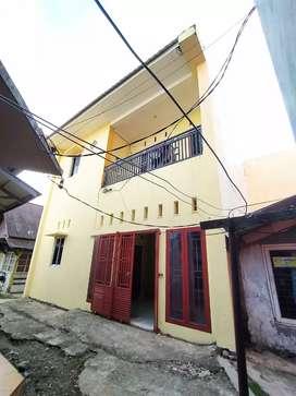 Dijual cepat Kost 2 lantai 18 kamar, lokasi strategis