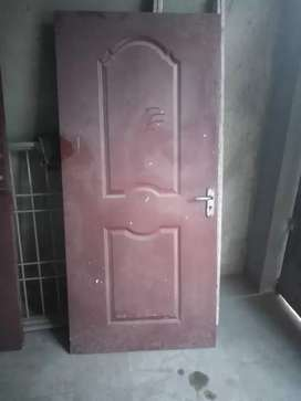 Door good condition 1 dawaza ha size 36X 72 ha
