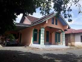 Dijual Rumah di Guntung Payung Halaman sangat luas, Bisa Nego
