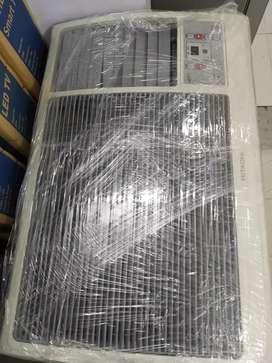 New HITACHI 1.5 ton Window ac with on site warranty