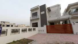 13 Marla Luxury House Secure Locality Bahria Town Phase 8 Block C RWP
