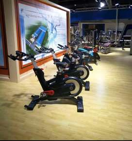 Spin bike nd trademil